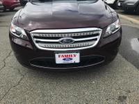 This 2011 Ford Taurus Limited is offered to you for