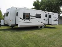 2011 Forest River Rockwood Signature Ultra Lite Camper