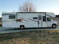 2011 Freelander 31SS LIKE NEW! LOW MILES! 2011 COACHMEN