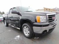This used 2011 GMC Sierra 1500 in Alliance, OH comes