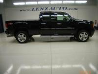 Description 2011 GMC Sierra 2500HD Tow Hitch, Locking