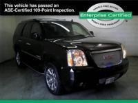 2011 GMC Yukon AWD 4dr 1500 Denali Our Location is: