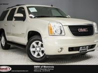 Delivers 21 Highway MPG and 15 City MPG! This GMC Yukon