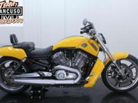 2011 H-D V-Rod Muscle!! Clean title, low miles, Yellow,