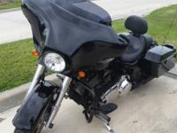 2011 Harley Davidson Street Glide One owner low mileage