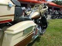 2011 Harley-Davidson CVO Road Glide Ultra PLEASE CALL