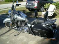 2011 Harley Davidson FLHRC Road King Classic Cruiser