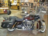 2011 Harley Davidson FLHRC Road King Classic. 12325
