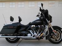 2011 Harley Davidson FLHX103 Street Glide. 2011 Harley