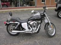 2011 HARLEY-DAVIDSON FXDC Our Location is: Weir Ford,