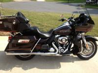 I am selling my 2011 Road Glide Ultra. For 2014, Harley