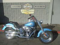 Motorcycles Softail 8369 PSN . Take a seat on this