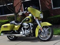 2011 Harley Davidson FLHX Street Glide - Limited