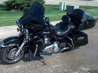 2011 Harley-Davidson Touring Limited - 7000 miles.