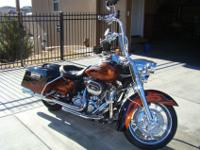 2011 Harley Davidson Road King Classic - FLHRC103 Twin