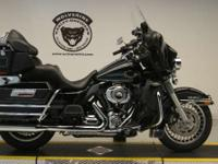 High Flow Air Cleaner. 2011 Harley-Davidson Ultra