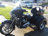 2011 Harley Tri Glide Trike, 103 Motor, Loaded, Chrome