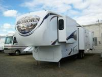 2011 Heartland Big Horn?4 slideouts?fireplace and