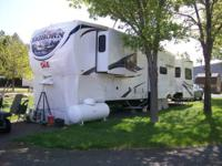 2011 Heartland Bighorn 3610RE 5th Wheel This amazing 38