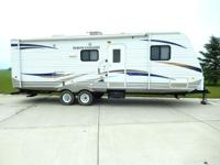 2011 HEARTLAND NORTH COUNTRY 26RBS TRAVEL TRAILER