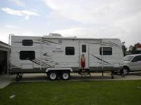 2011 Holiday Rambler Mintaro. Like New Condition with