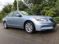 CARFAX One-Owner. LEATHER, POWER SUNROOF, NAVIGATION