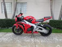 This is an excellent looking 2011 Honda CBR 1000. This