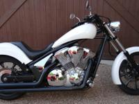 2011 HONDA FURY VT1300CX PEARL WHITE PAINT FINISH