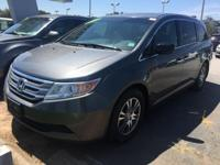 ***Bradshaw Acura*** Bluetooth, Leather, Sunroof /