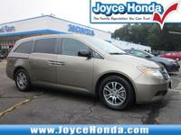2011 Honda Odyssey EX-L27/18 Highway/City MPG**Awards:*