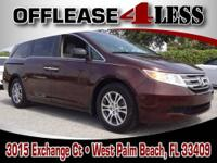 LOW MILES - 17,726! EX-L trim. FUEL EFFICIENT 27 MPG