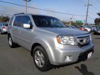 Options:  2011 Honda Pilot Ex L 4X4 4Dr Suv|Silver|One