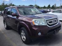 EX-L trim. Sunroof, 3rd Row Seat, Heated Leather Seats,