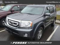 LOADED!!! CARFAX 1-Owner. Touring trim. Moonroof, Nav
