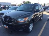 Outstanding Hyundai Santa Fe with a Clean Carfax. This