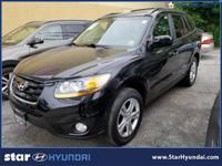 This  2011 Hyundai Santa Fe doesn't compromise function