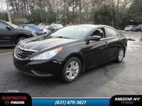 You'll be completely happy with this 2011 Hyundai