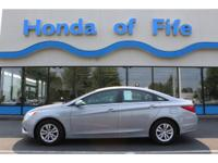 PREMIUM & KEY FEATURES ON THIS 2011 Hyundai Sonata