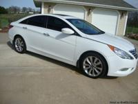 2011 HYUNDAI SONATA LIMITED 2.0 TURBO, THIS IS A HARD