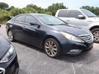 Dbl 2011 Hyundai Sonata SE FWD 6 Speed Automatic with