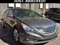 This Sonata features: Leather.  Clean CARFAX. 33/22