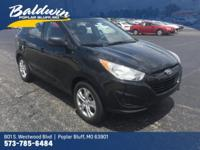 Come see this 2011 Hyundai Tucson GL. Its Automatic