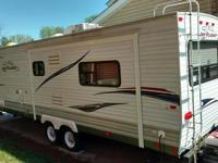 Length: 33 feet Year: 2011 Make: Jayco Model: Jay