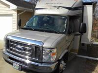 2011 Jayco Melbourne 290, 21260 miles, Length: 32 ft.,