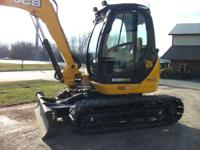 2011 JCB 8085 Cab with A/C 18 000# ZTS Rubber Tracks