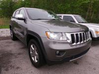 Come see this 2011 Jeep Grand Cherokee Limited. Its