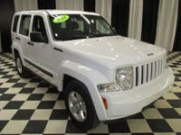 OVERVIEW This 2011 Jeep Liberty 4dr 4WD Sport features