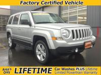 HEATED SEATS! SUN ROOF 1 OWNER! 4x4! The perfect jeep