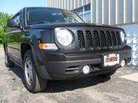 2011 Jeep Patriot Sport Edition !!! 2-OWNER vehicle