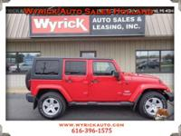 Clean CARAX, accident free, fun to drive! 2011 Jeep